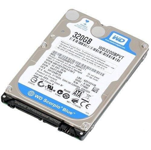 Dysk twardy wewnętrzny do laptopa to najczęściej format 2.5 cala (napęd HDD). Z kolei dyski SSD łączące się przez interfejs M.2 mają format 1.8 cala. Jaki wariant wybierzemy? Zależy od budżetu, którym dysponujemy.