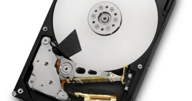 Dysk twardy do serwera NAS cechuje się lepszą wydajnością, stabilnością oraz bezawaryjnością w porówanniu do klasycznych dysków HDD montowanych w komputerach.