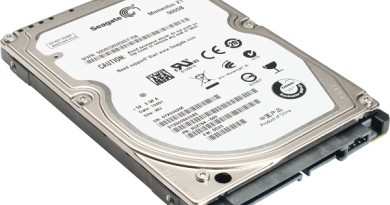 Dysk twardy 500GB spokojnie wystarczy do codziennych zastosowań, pozwalając magazynować naprawdę spore ilości danych. Napędy magnetyczne o takiej pojemności są bardzo popularnymi nośnikami zarówno w komputerach stacjonarnych (format 3,5 cala), jak i laptopach/notebookach (format 2,5 cala).